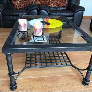 mesa-regulable-altura-salon-artesania-vicente-gragera