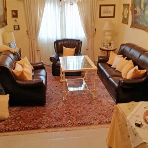 mesa-regulable-altura-salon-artesania-vicente-gragera-hierro